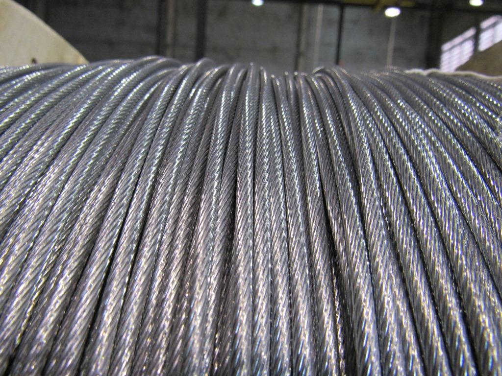 Cordoalha de aço para indústria automobilística